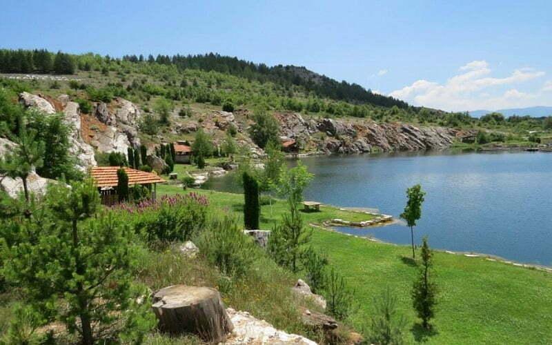 В помощ на пътешественика – ТОП 20 книги – пътеводители за България